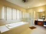 8b Bath 1