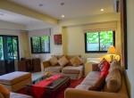 9c Living room