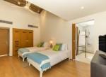 32-Villa Roxo - Twin bedroom and ensuite