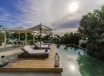 4-Villa Roxo - Poolside sun loungers